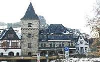 Schlosshotel / Burghotel am Rhein im Burgstil bei Rüdesheim : Mietkauf, Verkauf Hotel bei Rüdesheim am Rhein, Rheinblick