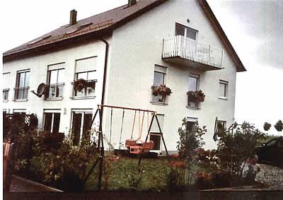 immobilien regensburg verkauf mfh 2 dhh sonnenhaus ruhige wohnlage am stlichen stadtrand. Black Bedroom Furniture Sets. Home Design Ideas