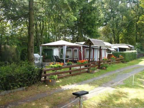 Verkauf campingplatz mit weiher und terrassenanlage in for Haus mieten privat