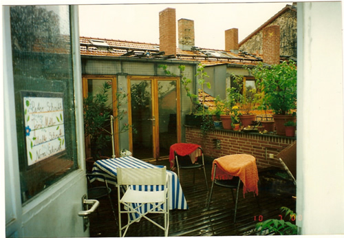 immobilien berlin verkauf dachgeschosswohnung mit dachterrasse im bezirk kreuzberg. Black Bedroom Furniture Sets. Home Design Ideas