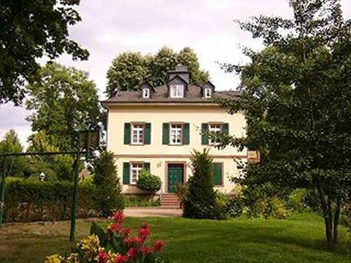 Verkauf Repräsentative Villa Rhein