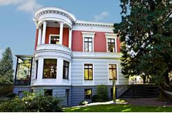 historische immobilien burgen schl sser villen kl ster anwesen von iim. Black Bedroom Furniture Sets. Home Design Ideas