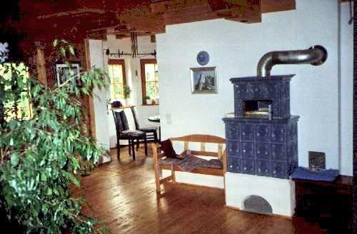 Innenansicht Wohnzimmer Erker Immobilien Regensburg Bayerischer Wald Verkauf EFH Landhaus Bei Fur Allergiker Geeignet