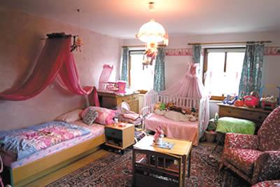 exklusiver bauernhof reiterhof zur pferdehaltung im allg u bei kaufbeuren. Black Bedroom Furniture Sets. Home Design Ideas