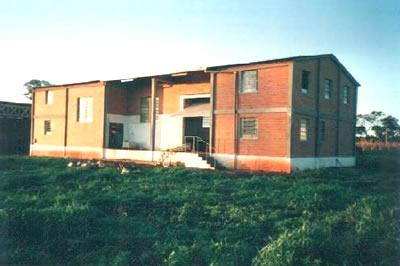immobilien paraguay verkauf grundst ck mit haus und industriegeb ude im bezirk alto parana. Black Bedroom Furniture Sets. Home Design Ideas